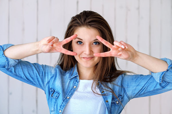 和女生聊天冷场急救话题,高情商撩妹必读的四个技巧