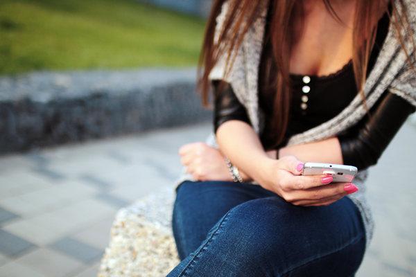 一招解决和女生聊天不回复的问题,让她秒回其实非常简单!