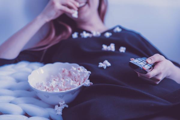 用什么理由约女生看电影比较好
