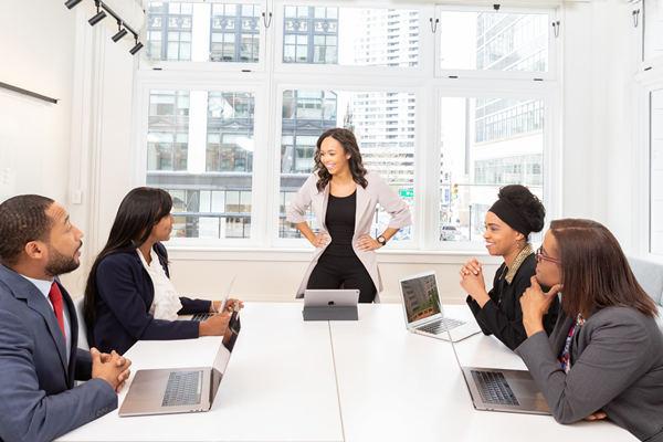 怎样追求公司的女同事?谨记这6点成功率翻倍!