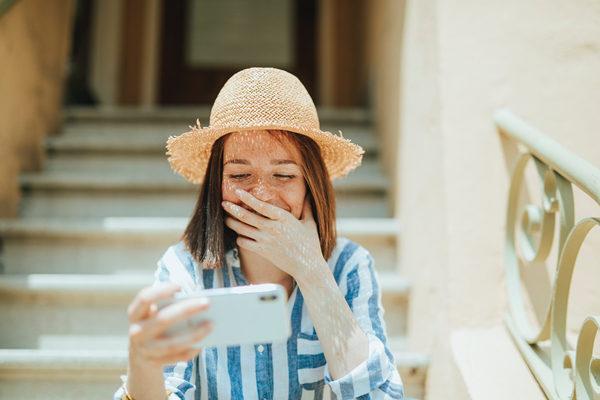 怎样说话讨女生喜欢?学会这3个说话方式格外讨女生喜欢!