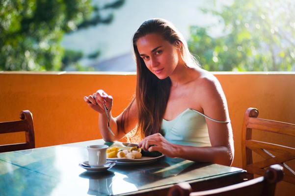 想约妹子吃饭怎么说?分享6个巧妙请女孩吃饭的幽默理由