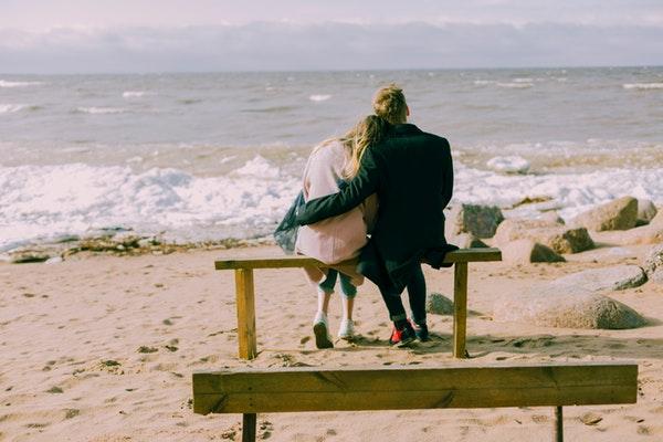 跪舔与真爱有什么区别?