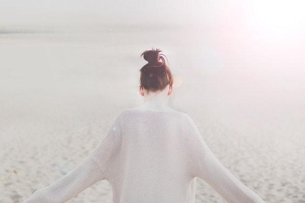 有个性有想法的女孩子该怎么追求?