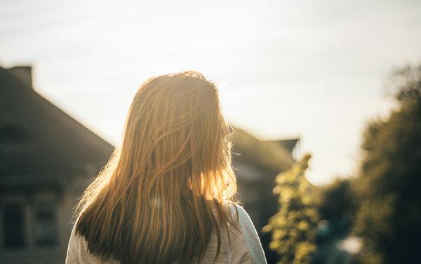 聊天中女生总是发表情是好是坏?教你如何机智回复
