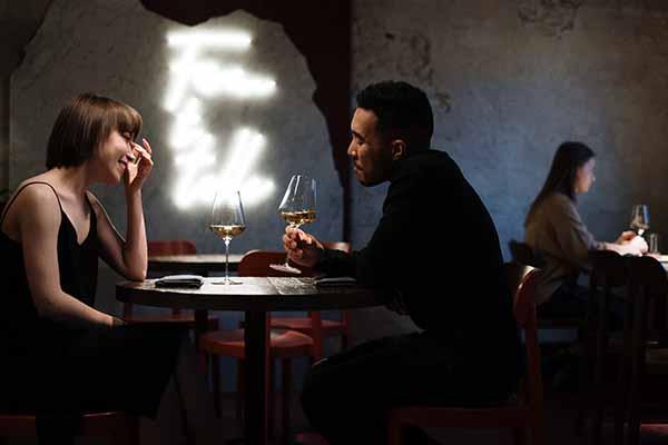 女生说然后呢怎么幽默回复 女生说然后呢是什么心理